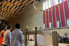 Premières communions d'enfants à l'Annonciation