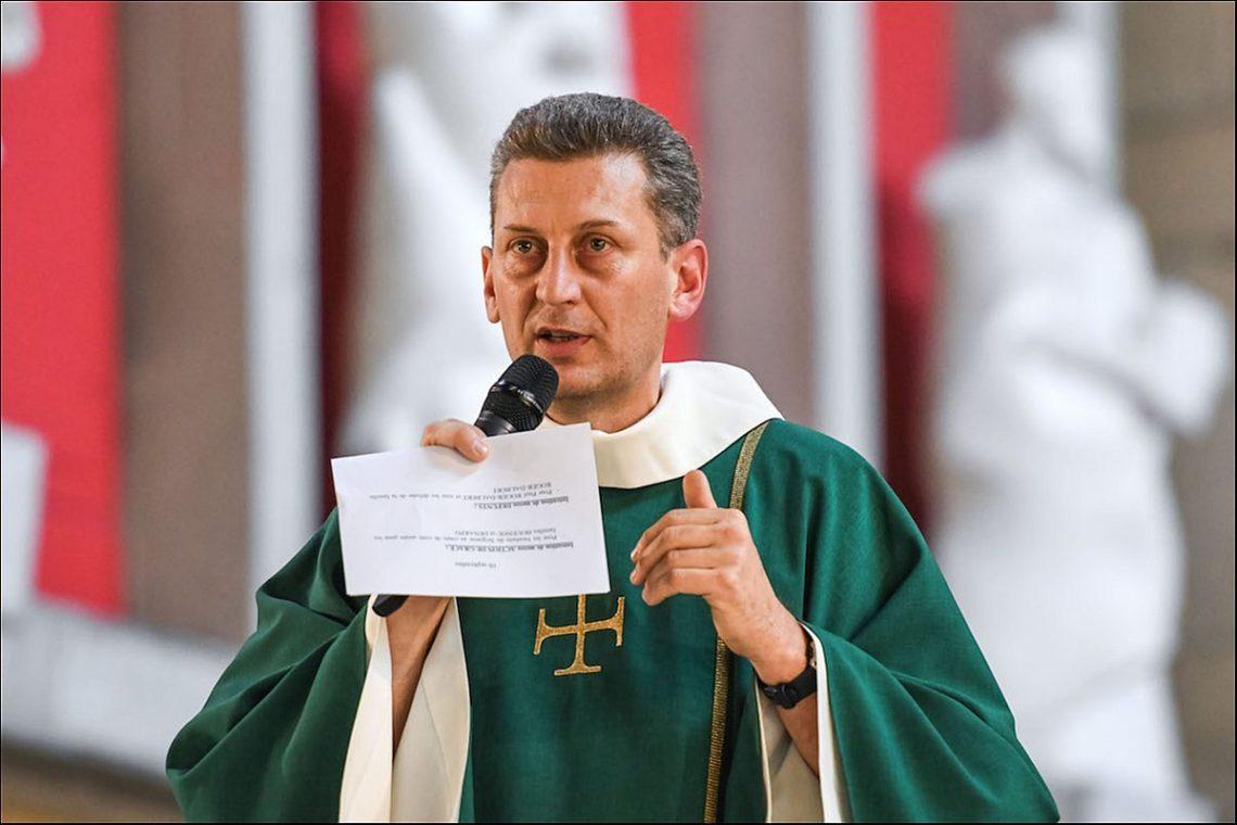 Père Franck GACOGNE